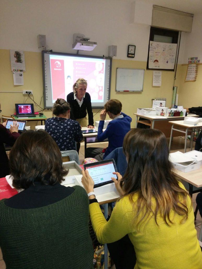 I docenti dell'IC Fogazzaro al lavoro con le app di MyEdu School